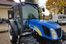 New-Holland T4050